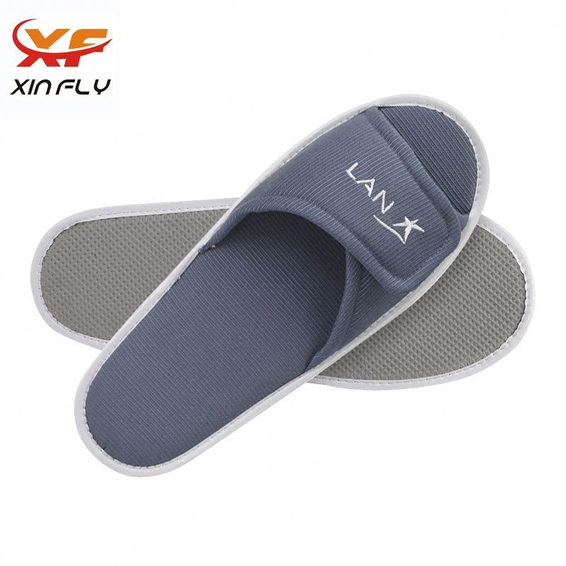 Personalized Closed toe warm hotel slipper for Inn